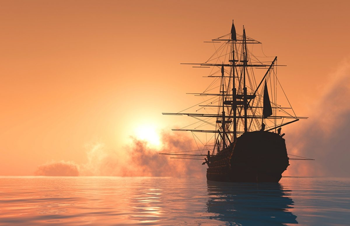 Sea_Sunrises_and_sunsets_Ships_Sailing-1