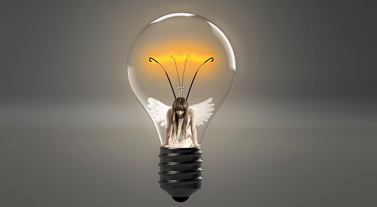 Closeup_Creative_Angels_Bulb_542312