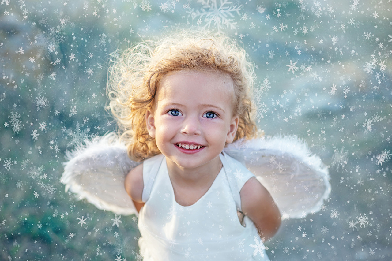 Angels_Little_girls_Smile_Wings_Glance_545715_1280x853