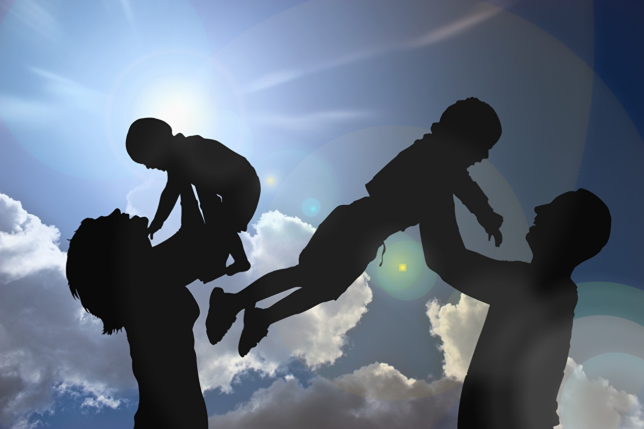 Sky_Mother_Sun_Clouds_Silhouette_Family_Four_4_580021_1280x853